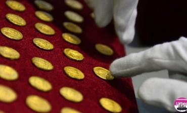 Ştiaţi că patru brăţări dacice şi sute de monede antice sunt expuse la Muzeul Unirii din Alba Iulia?