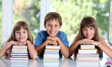 VINERI: Elevii și preșcolarii intră în vacanță. care este calendarul cursurilor până în vară