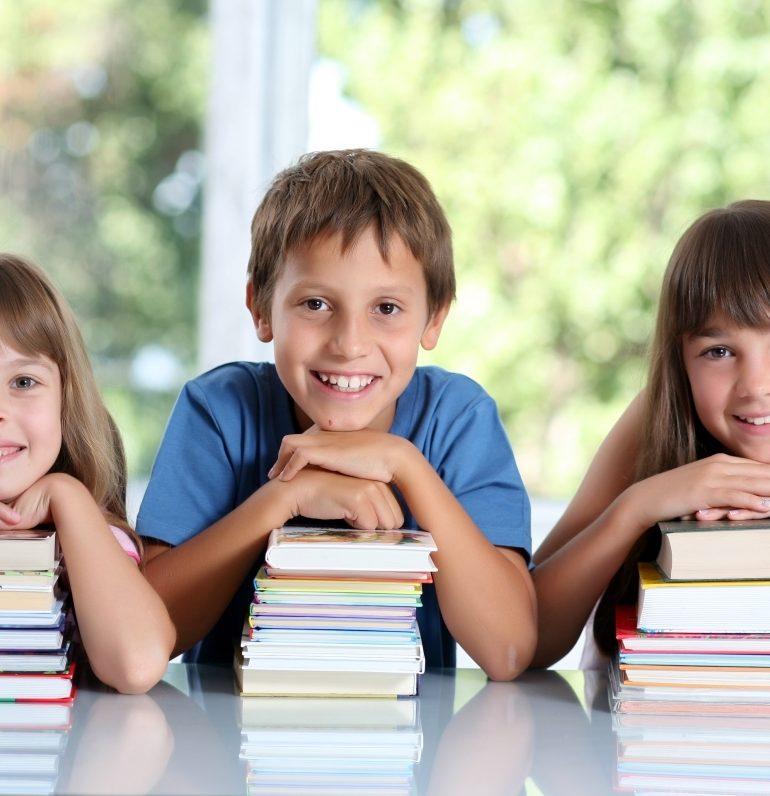 Costul standard per elev crește cu 700 lei. Suma rămâne infimă, în comparație cu cheltuiala pentru un parlamentar sau un deținut