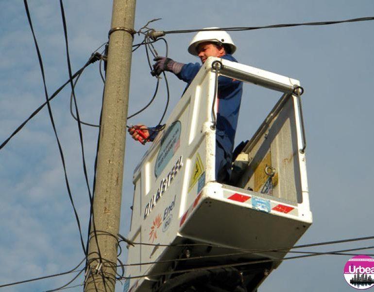 Electrica: Localităţi din Alba, fără curent electric, în perioada 24-27 iulie, din cauza lucrărilor la reţea