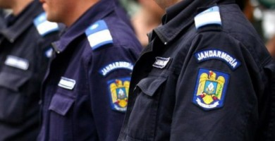 Jandarmeria Alba transmite recomandări pentru turiștii care aleg zonele montane