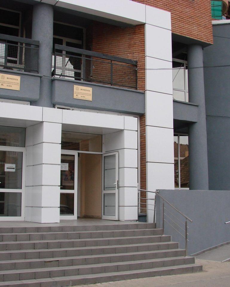 AJOFM Alba: Peste 600 de locuri de muncă disponibile la Alba Iulia, Sebeş, Blaj, Câmpeni, Cugir şi Aiud
