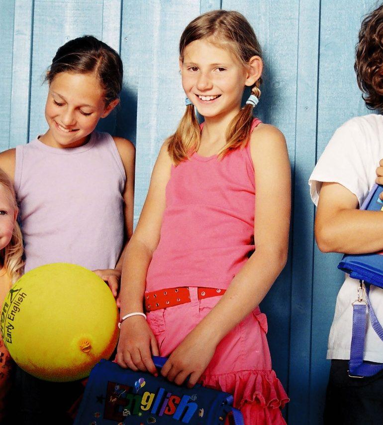 Copiii români, un mare potențial pentru Europa! Părinții investesc masiv în învățarea limbii engleze