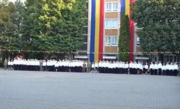 """FOTO-VIDEO: Festivitatea de deschidere a noului an şcolar la Colegiul Naţional Militar """"Mihai Viteazul"""" Alba Iulia"""