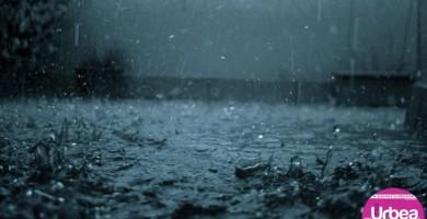 Cod Galben de furtună în judeţul Alba: Sunt aşteptate frecvente descărcări electrice, grindină şi averse