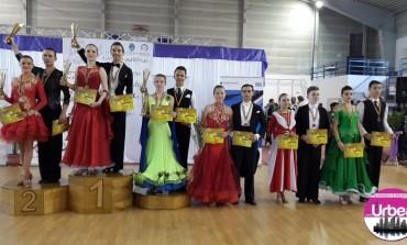 FOTO: Noi premii pentru Clubul Top Dance la Cupa Mediaş
