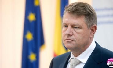 """Românii își pot """"cumpăra"""" vechime în muncă. Legea a fost promulgată de președintele Klaus Iohannis"""