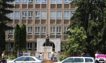 """MIERCURI: Colegiul Naţional Militar ,,Mihai Viteazul"""" din Alba Iulia aniversează 98 de ani de existenţă"""