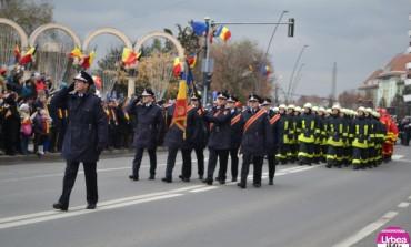 (FOTO-VIDEO) 1 Decembrie la Alba Iulia: Paradă militară cu 1200 de cadre militare