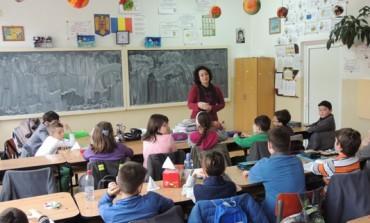 Practică utilă sau abuzivă? Cât de legale sunt fondul clasei și fondul școlii?