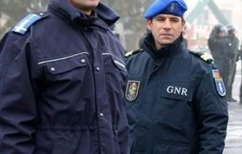 Jandarmul român, maiorul Alexandru Constantin instruiește polițiști ucraineni