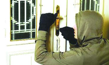 Un tânăr din comuna Unirea, cercetat penal pentru furt