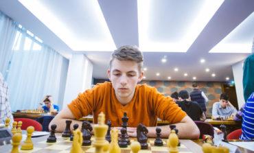 Mihnea Costachi din nou campion național de juniori la șah