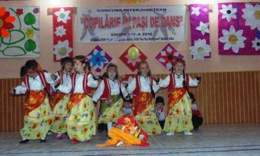 """FOTO:  """"Copilărie în pași de dans"""", ediția a VIII-a, la Școala Sîncel"""