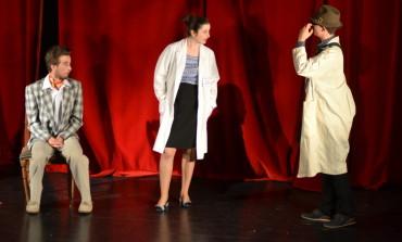 """FOTO-VIDEO: Deschiderea Festivalului Internațional de Teatru de Tineret """"Apollo"""", ediția a III-a"""