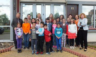 FOTO: Şcoala Altfel la Centrul Europe Direct Regiunea Centru din Alba Iulia