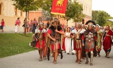 Sezonul de spectacole cu Garda Apulum şi Garda Cetăţii la Alba Iulia începe de VINERI: Program