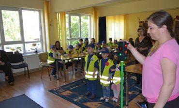 SÂMBĂTĂ: Lecţie interactivă de educaţie rutieră, pentru copii, la Alba Iulia, organizată de IPJ Alba