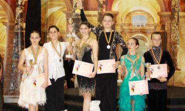 Foto: Cupa Muhlbach la dans le-a adus opt clasări pe podium sportivilor de la Top Dance Sebeș