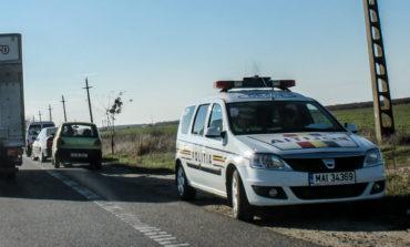 Accident la Teiuș: O femeie a fost acroșată de un autoturism