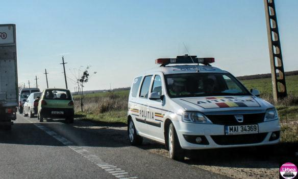 Doi tineri din Alba Iulia și Lunca Mureşului, cercetați de polițiști pentru conducere fără permis