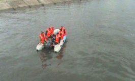 Trupul neînsufleţit al unui bărbat a fost văzut în râul Arieș, în zona podului de la Baia de Arieș. Omanii legii intervin la faţa locului