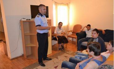 FOTO: Acţiuni de informare în centre de plasament din Alba Iulia derulate de polițiști în vacanța de vară