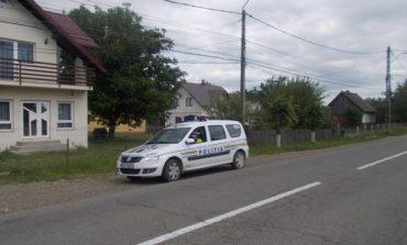 Accident în comuna Avram Iancu: Două persoane au fost rănite după ce o maşină a ajuns pe contrasens