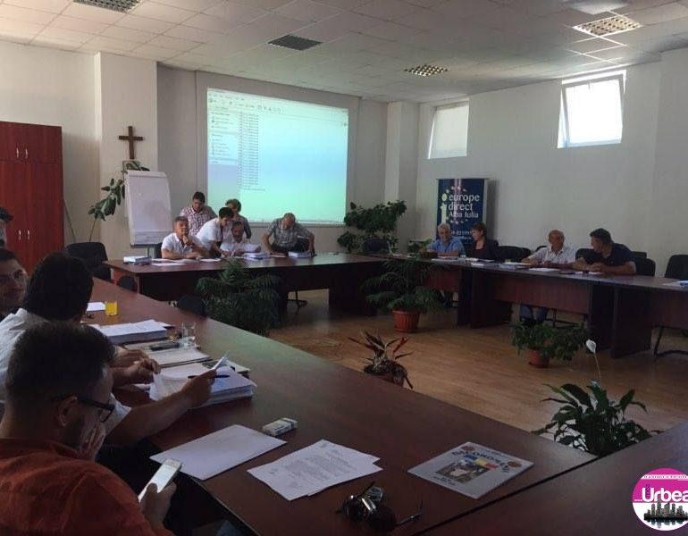23 iunie: Şedinţă la Consiliul Local Alba Iulia. 22 de proiecte pe ordinea de zi