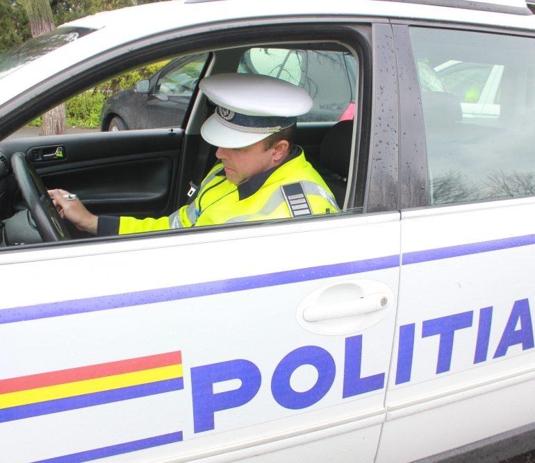 Tânăr din Satu Mare, prins conducând fără permis, în Abrud