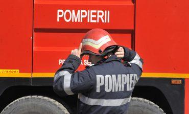 Incendiu în Lunca, comuna Valea Lungă: O autobasculantă a fost cuprinsă de flăcări