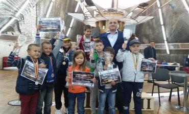 "FOTO: Copiii albaiulieni, printre premianți la ""Cupa Salina Turda"", la șah"