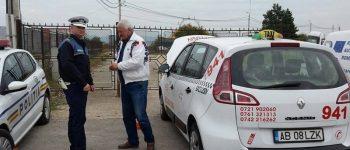FOTO: Peste 50 de taximetre din Alba Iulia, verificați de polițiști. Amenzi de peste 5.000 de lei