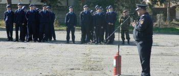 """FOTO: Simulare a evacuării personalului în caz de incendiu, la Colegul Național Militar """"Mihai Viteazul"""" din Alba Iulia"""