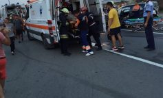 Accident rutier pe şoseaua de centură a oraşului Alba Iulia. Trei persoane rănite după ce trei maşini s-au lovit