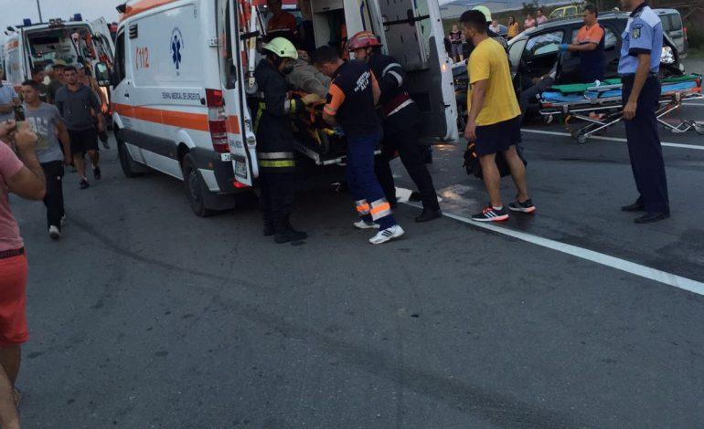 Accident rutier între Ighiu și Bucerdea Vinoasă: Patru persoane au fost rănite după ce două autoturisme au intrat în coliziune