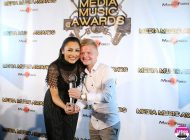 "FOTO-VIDEO: Un albaiulian, pe scenă la Media Music Awards 2016. Florin Scrob a câștigat premiul ""Best Fan"""