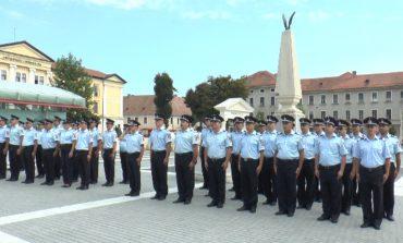 Vineri: Ceremonial militar şi religios în Piaţa Cetăţii din Alba Iulia, cu ocazia Zilei Pompierilor din România. Programul manifestărilor