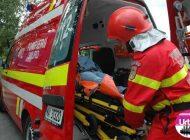 (VIDEO) Accident rutier la Alba Iulia: O femeie a ajuns la spital după ce a fost lovită de o maşină