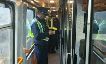FOTO: Controale în 7 staţii CFR şi pe 8 trenuri de călători a poliţiştilor de la Serviciul Transporturi Alba