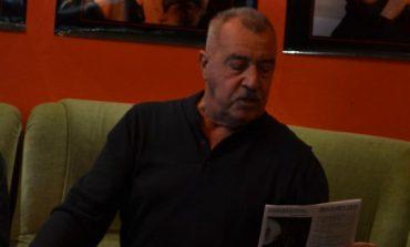 """FOTO-VIDEO:  """"Un actor printre rolurile sale"""", în aromă de cafea. Maestrul Costel Constantin a prezentat 50 de ani din viața sa de actor"""