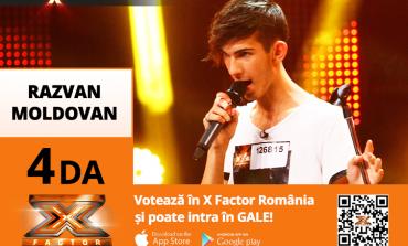 """VIDEO: Răzvan Moldovan, un tânăr din Blaj a obținut trei de """"DA"""" la concursul X Factor. A făcut-o pe Delia să îi cadă în brațe"""