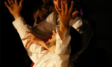 Sfârșit de an plin pentru Grupul Skepsis. Actorii albaiulieni vor reprezenta municipiul la festivaluri importante din țară