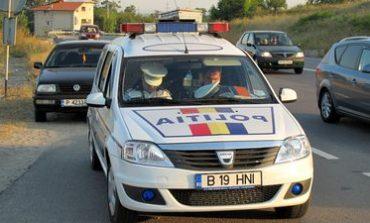 Accident în Alba Iulia: O tânără a intrat cu mașina pe trotuar și a acroșat un pieton