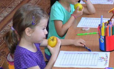 Preșcolarii vor fi incluși în programul de încurajare a consumului de fructe proaspete