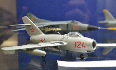 FOTO-VIDEO: Salonul internațional de machete statice la Muzeul Național al Unirii. Avioane, nave sau elicoptere expuse în cadrul ediției a XI-a