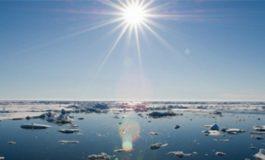 Cercetătorii germani trag un semnal de alarmă. În 30 de ani, gheața de la Polul Nord s-ar putea topi