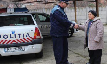 O femeie din Cugir a dat dovadă de mult spirit civic. A predat poliției suma de 2.000 de lei, găsită într0un bancomat