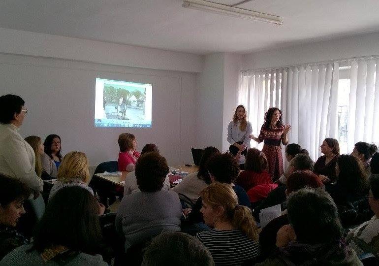 Campanie derulată în Alba pentru prevenirea cancerului de col uterin: 45 de asistenți medicali comunitari, la prima activitate