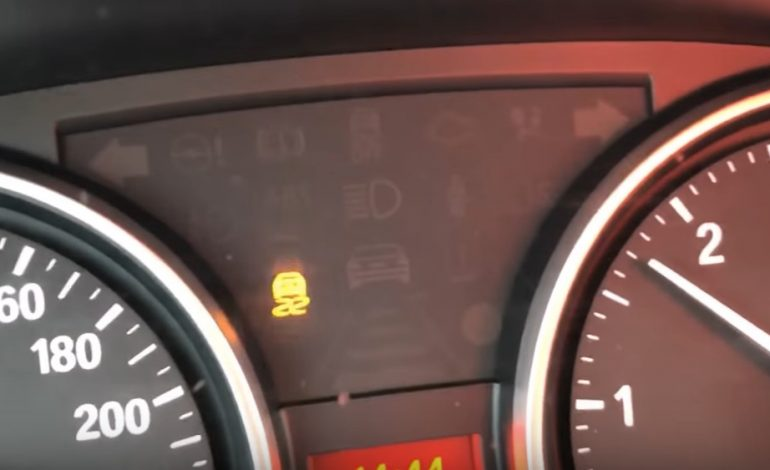 VIDEO: Sfaturi de la un profesionist. Cum scoți mașina împotmolită în zăpadă